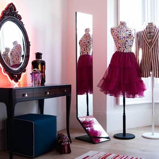 housetohome-dressing-room1[1]